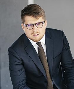 Денис Ванаш