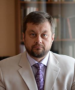 Олег Чернобай
