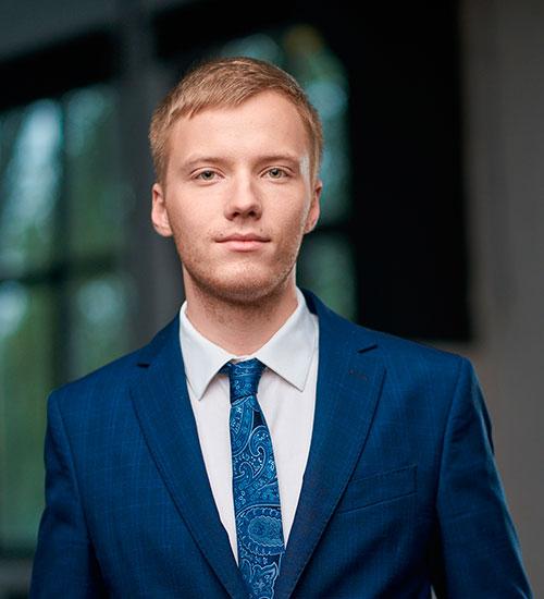 Денис Черніков