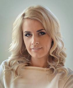 Нина Кучерук