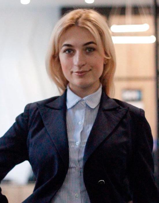 Марта Сарвас